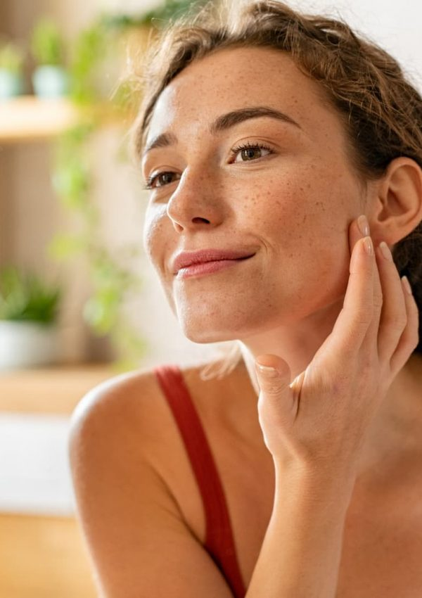 The Best Moisturizer For Dry, Flaky Skin That Actually Works